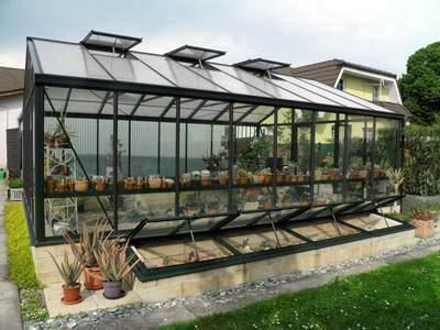 25° Mauergewächshaus 457 cm x 604 cm mit Frühbeeten  (3).jpg