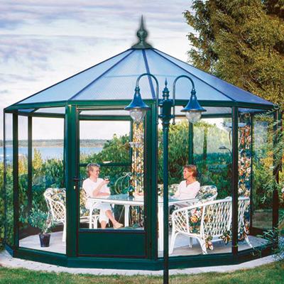 Glaspavillon mit Firstspitze pulverbeschichtet in grün
