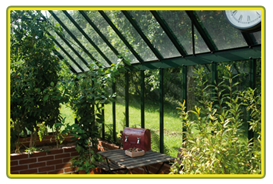 Victorian-Classic-Greenhouse-Innenansicht3.png