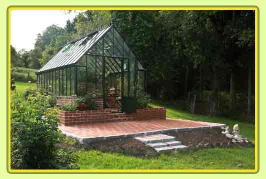 Victorian-Classic-Greenhouse-Vorderansicht.jpg