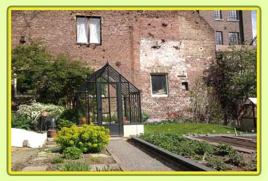Victorian-Classic-Greenhouse-in-grau.jpg
