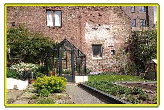Victorian-Classic-Greenhouse-in-grau.png