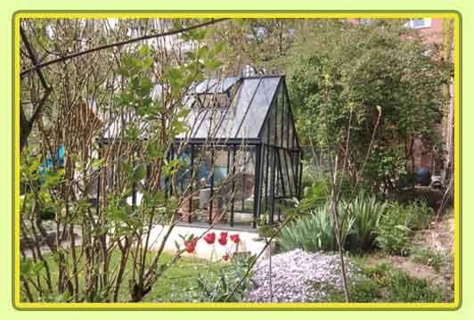 Victorian-Classic-Greenhouse-in-grau3.jpg