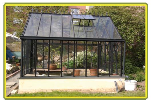 Victorian-Classic-Greenhouse-in-grau4.png